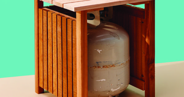 Keep Your Propane Tank Out Of Sight With This Handy Table Cottage Life Gas De Cozinha Decoracoes De Porta Botijao De Gas