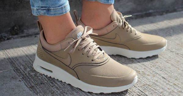 just life style wmns nike air max thea prm desert camo sneaker freaker pinterest air. Black Bedroom Furniture Sets. Home Design Ideas