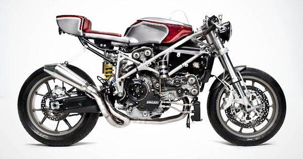Ducati Cafe Racer . . . nice bike!! (The amazing Ducati 749