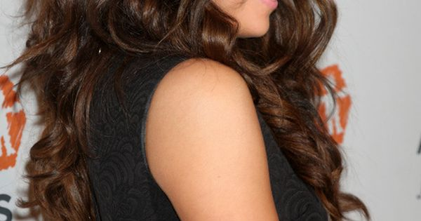 40 Gorgeous Wedding Hairstyles For Long Hair Thicker Hair Selena And Long Curly Hairstyles