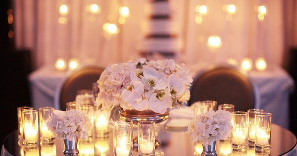 Tablescapes LOVE IT WHITE FLOWERS CANDLES LARGE ROUND MIRROR