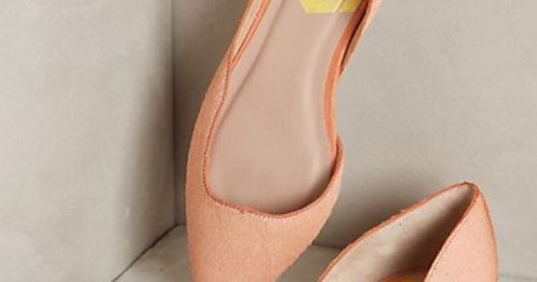 Flat sandals - Greta Wavelet Flats anthropologie.com #anthrofave