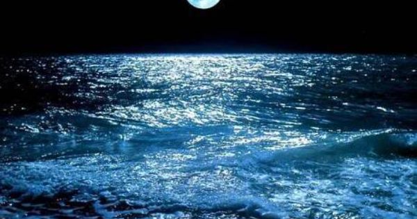 The Sea At Night Photo On Sunsurfer Ocean At Night Beautiful Moon What Element Are You