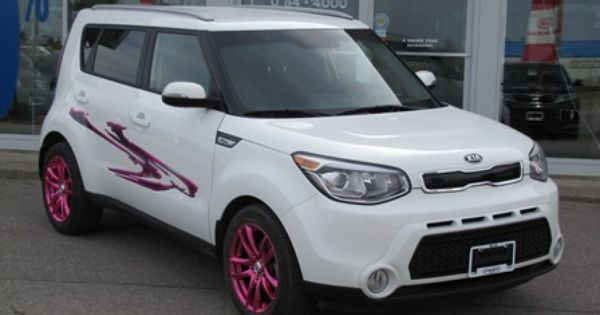 2014 kia soul ex trimmed in pink for pink lovers only. Black Bedroom Furniture Sets. Home Design Ideas