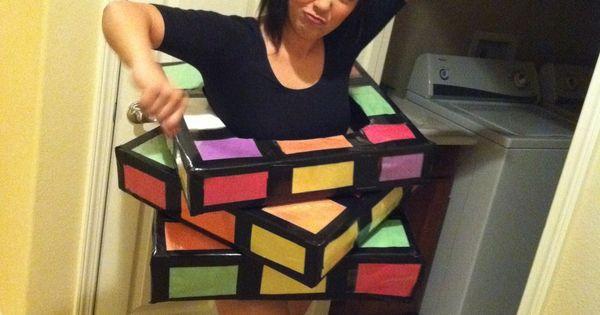 adorable DIY Halloween costume idea! (rubiks cube)