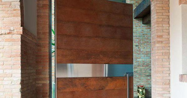 Cerramiento garage madera con vidrio fijo aberturas for Puertas de entrada de madera y vidrio