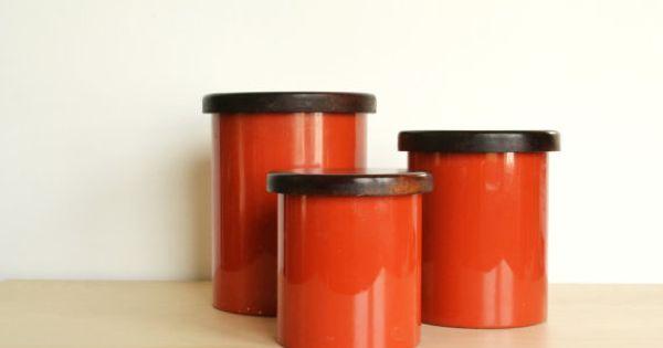 Mod kitchen copco burnt orange canisters set of 3 for Kitchen set orange