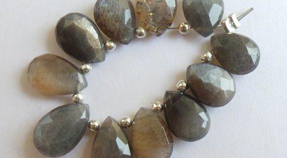 Faceted Tear Drop Shape 11x6-13x7 MM Gemstone Jewellery Supply 13 Pcs Natural Sunstone Moonstone Gemstone Briolettes