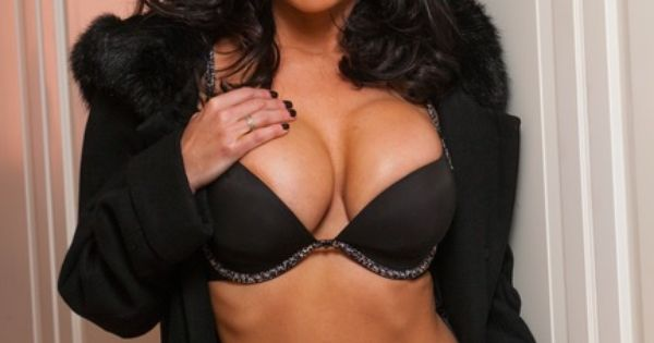 Hot milf fucking lingerie auntie to the
