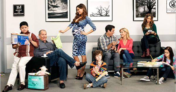 Modern Family Season 4 Starts Tonight Are You Still Watching Modern Family Tv Show Modern Family Season 4 Modern Family