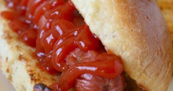 Recette du pain hot dog new yorkais pour de vrais buns - Recette traditionnelle cuisine americaine ...