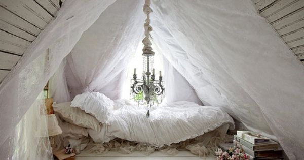 Sweet Dreams Sleep Nook.