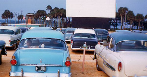 A Drive In Theater Is A Form Of Cinema Structure Consisting Of A Large Outdoor Movie Screen A Projectio Drive In Movie Drive In Movie Theater Drive In Theater