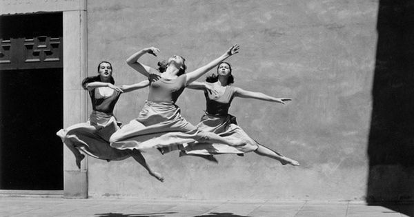 Great photo idea of Audrey! imogen cunningham - three dancers, mills college