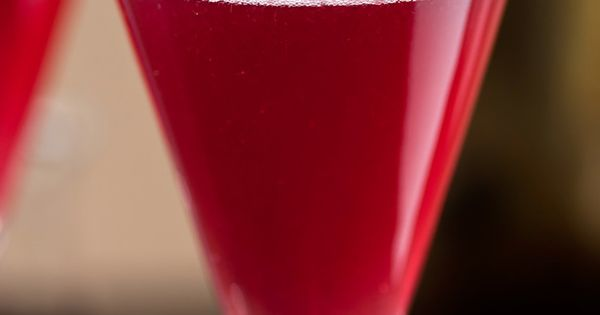 Non Alcoholic Halloween Drink Recipe Pom-Berry Bellini - on HGTV