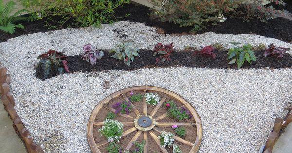 Wagon wheel planter from tractorsupply