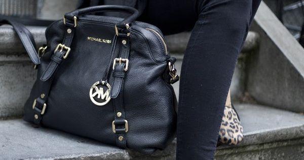 Cheap Michael Kors handbags outlet just need $60 Cheap Michael Kors Handbags