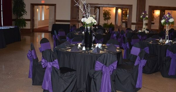 Color schemes black table cloth purple ribbons gold for Table linen color combinations