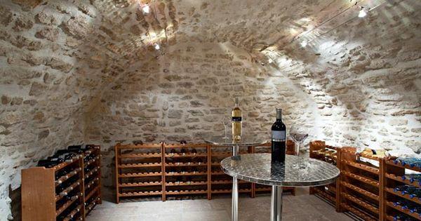 Wine cellar maison pinterest bodega de vino - Estantes para bodegas ...