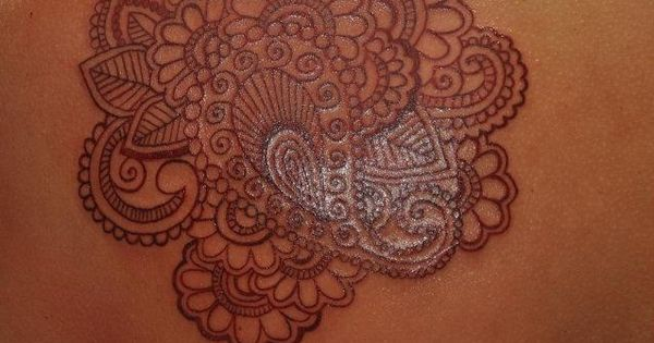Fabulously detailed paisley pattern tattoo. Would make great cover up for my