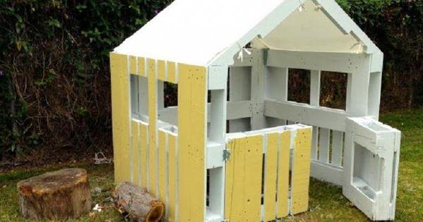 Construire une maison pour enfant partir de palettes de for Construire maison idee