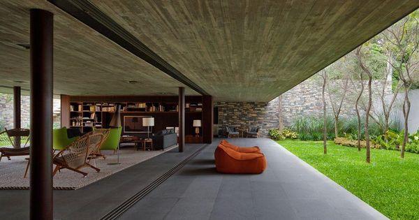 V4 house in sao paulo brazil by marcio kogan studio - Disenar mi casa ...