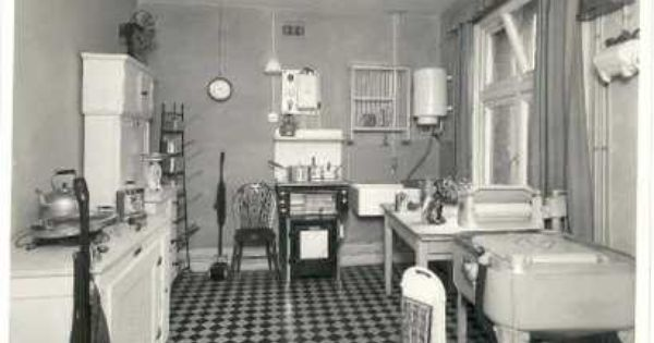 17 Best images about 1920s Home Kitchen – 1920s Kitchens