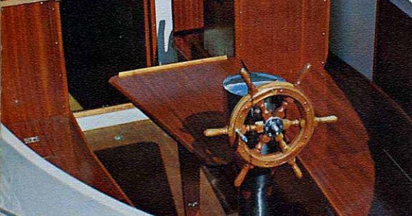 finnsailer 35 motorsailer - cockpit