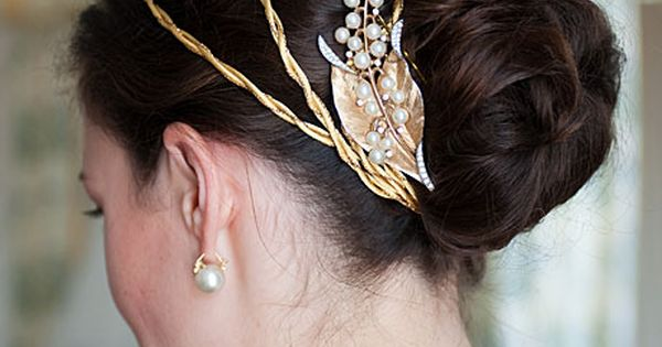 Gold ribbon headband and vintage brooch (Grazier Photography)