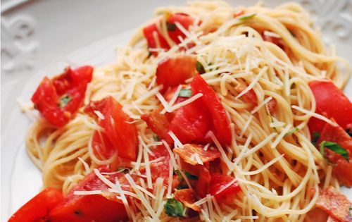 White Wine Spaghetti With Bacon And Parmesan Recipes — Dishmaps