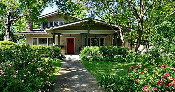 Incredible craftsmen bungalow built in 1916 described for Frank lloyd wright craftsman style