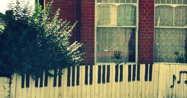 Cute! Love the white picket fence idea for piano keys. Want to
