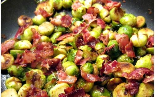 How to Cook Brussel Sprouts (w/Recipe for Caramelized Brussel Sprouts & Bacon}