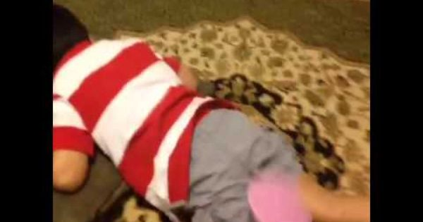 Kid Being Smacked By Fly Swatter Vine Fly Swatter Youtube Kids Kids