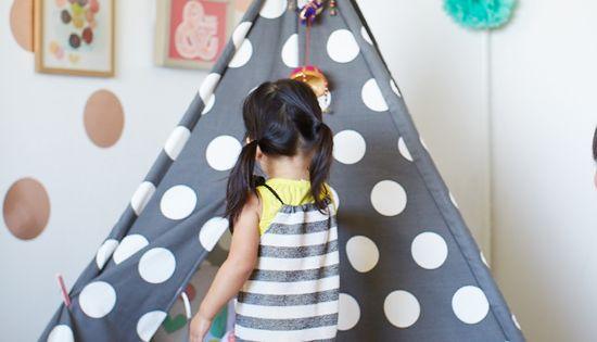 Chambre Pour Petite Fille Color E Polka Dot Walls Room