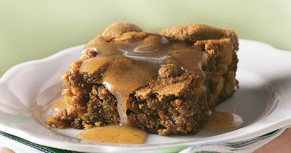 Apple pudding cake with Cinnamon- butter sauce