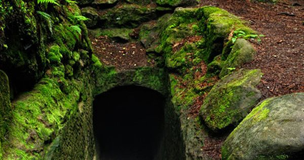 Tunnel in the Old Man's Cave Gorge ~ Hocking Hills State Park,