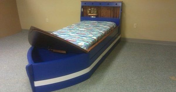 Boat Bed For Maxton S Room Diy Boat Bed Diy Toddler Bed