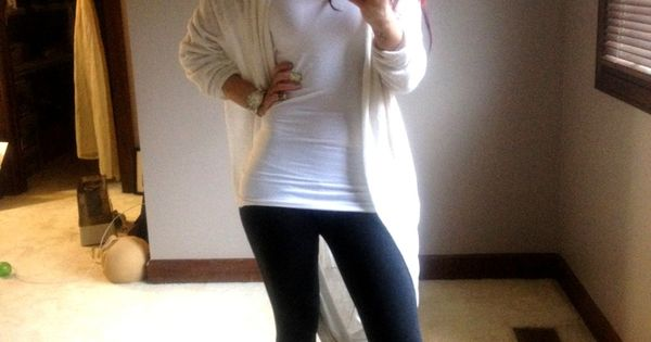 Comfy Outfit. I ALSO LOVE THIS OUTFIT. I DIG HER STYLE♥