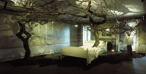 Sleeping Beauty Enchanted Forest By Geraldine Pilgrim Forest Bedroom Enchanted Forest Bedroom Fantasy Rooms