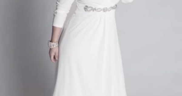 Plus size wedding dresses with sleeves vow renewal for Wedding vow renewal dresses plus size