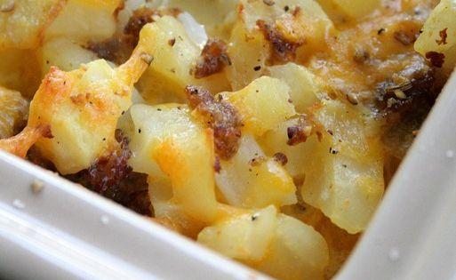 over 4500 pins!! Cheesy Potato Breakfast Casserole Recipe... I might substitute the
