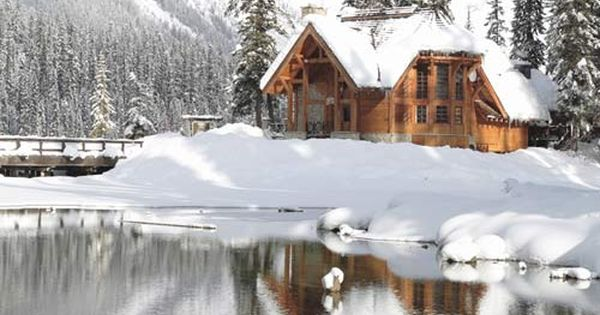 Emerald Lake Lodge in Canadian Rocky Mountains winter wonderland