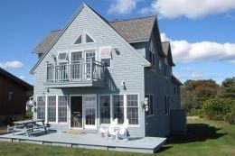 203 Beach Side Of House41 44e7b67eb73b670856f0af128f0a95fd Jpg Vacation Home House Styles Adventure Awaits