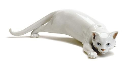 Royal Copenhagen White Cat Sneaking Figurine Gatti