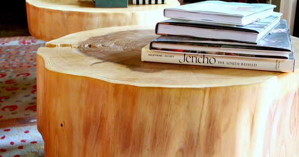 Diy table from large tree slices tree stump table stump for Large tree trunk slices