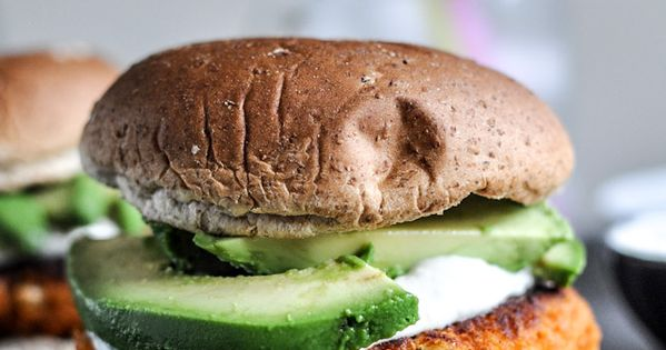 smokey sweet potato burger with roasted garlic cream and avocado -- Find
