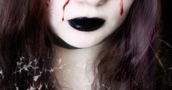 Click Pic for 26 DIY Halloween Makeup Ideas for Women | DIY Halloween Dress Up Ideas for Adults | See more about La Llorona, Demons and Faces.