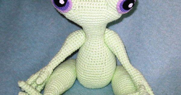 Amigurumi Long Legs : Amigurumi Frog long legs ~ Free Russian Pattern AMIG ...