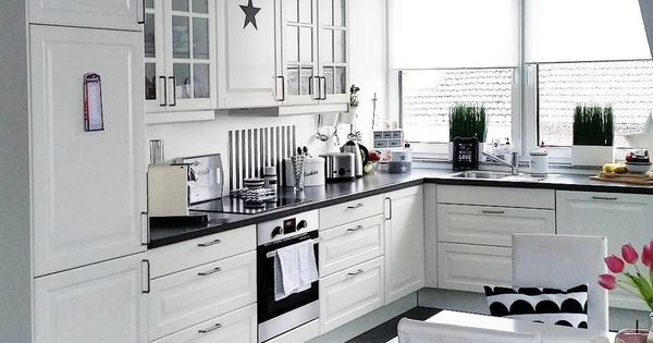 ikea kueche schwarz weiss ideen kitchen remodel pinterest layout kitchens and search. Black Bedroom Furniture Sets. Home Design Ideas